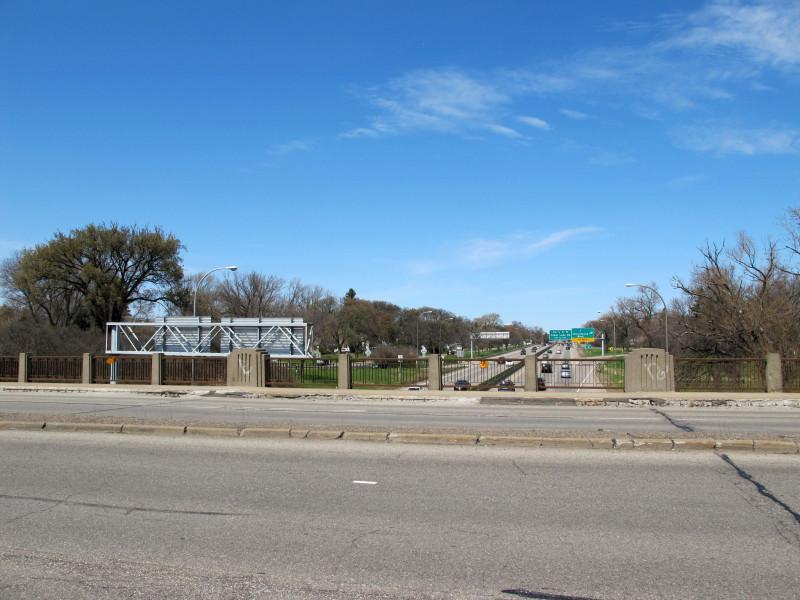 bridge5598-9